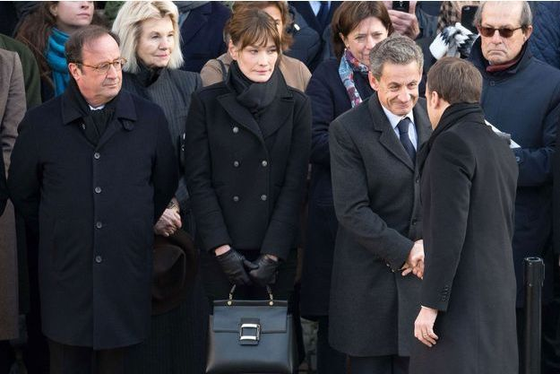 François Hollande, Carla Bruni, Nicolas Sarkozy et Emmanuel Macron lors de l'hommage à Jean d'Ormesson, le 8 décembre.