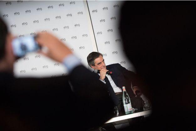 François Fillon pris en photo lors d'un débat organisé par EBG (Electronic Business Group), le 31 janvier 2017 à Paris.
