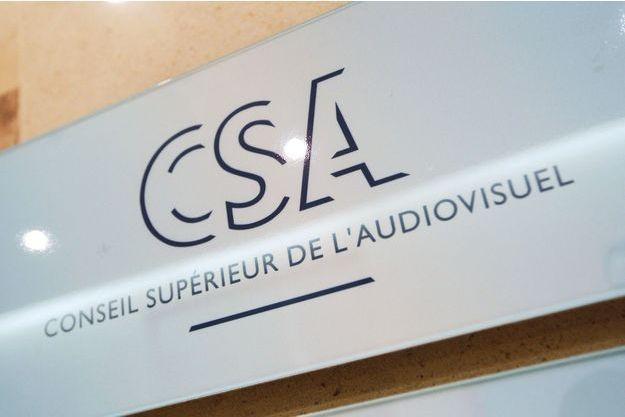 Le Conseil supérieur de l'audiovisuel.