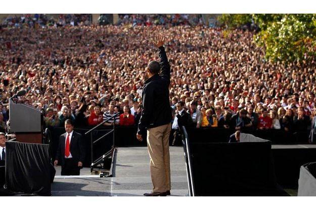 Obama en meeting dans le Wisconsin devant une foule de 30 000 personnes.