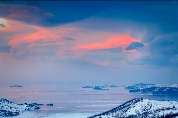 Le lac Baïkal, en Russie