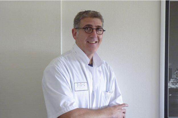Le Dr Nicolas Doumerc, chirurgien urologue.