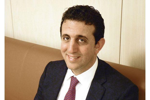 Le Dr Toledano, cancérologue radiothérapeute, directeur médical de l'Institut de radiothérapie Hartmann