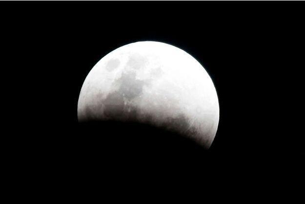 Une éclipse de Lune.