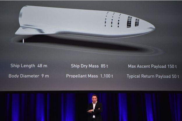 Elon Musk lors du congrès mondial d'astronautique à Adélaïde (Australie).