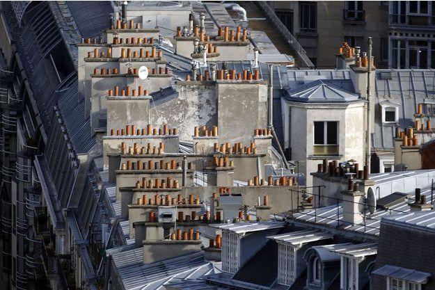Les cheminées de Paris. Les feux de bois peuvent être très polluants.