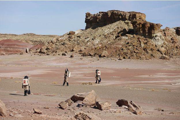 Des anciens étudiants qui ont séjourné dans la Mars Desert Research Station.