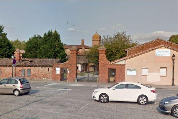 Devant l'établissement scolaire l'Annonciation à Seilh, près de Toulouse (photo d'illustration).