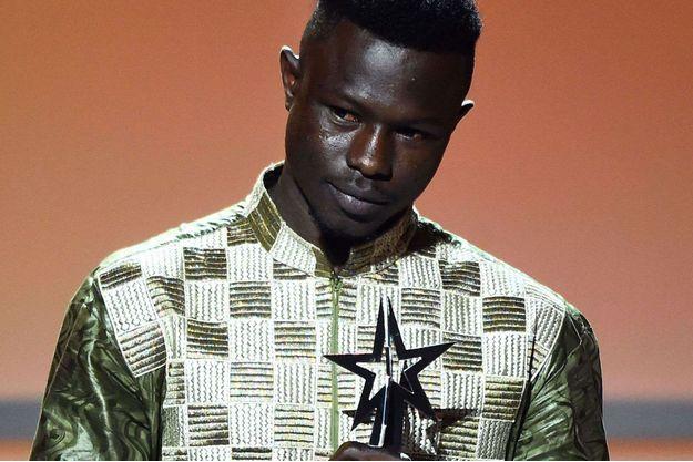 Mamoudou Gassama aux BET Awards dimanche, à Los Angeles.