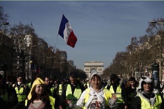Manifestation des «gilets jaunes» sur les Champs Elysées, le 16 février 2019.