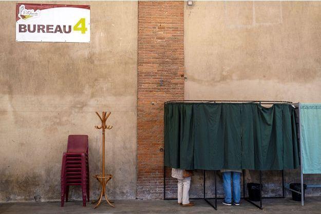 Un bureau de vote en France. Image d'illustration.