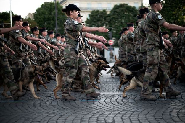 Répétitions du défilé du 14-juillet à Paris, le 9 juillet.