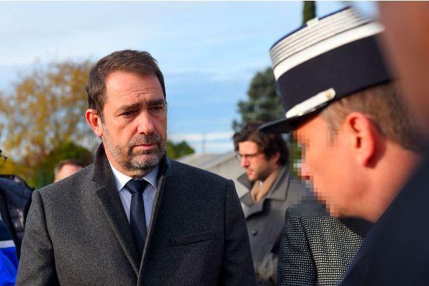 Christophe Castaner en déplacement à Virsac, en Gironde, jeudi.