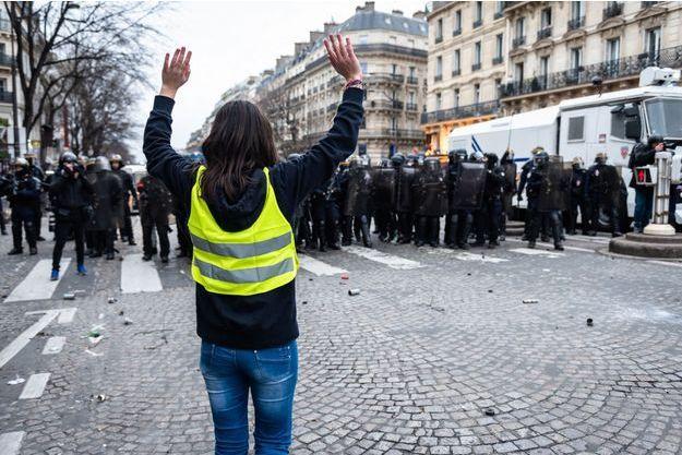 Photo prise lors de l'acte IX à Paris.