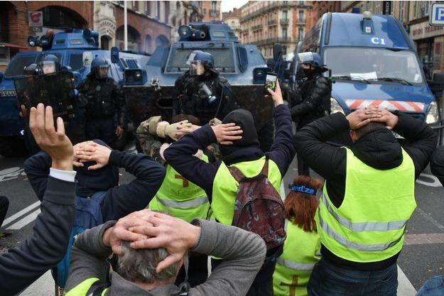 """A Toulouse, les """"gilets jaunes"""" restent très mobilisés."""