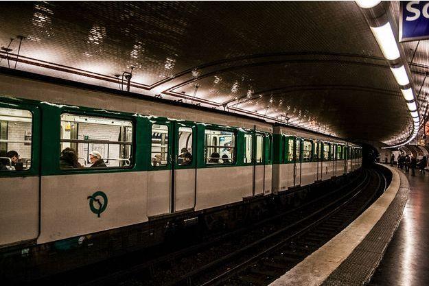 Illustration d'une rame de métro parisien.
