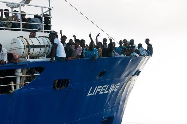 Les migrants du Lifeline.