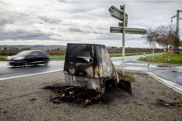 Un radar endommagé près de Carcassonne.