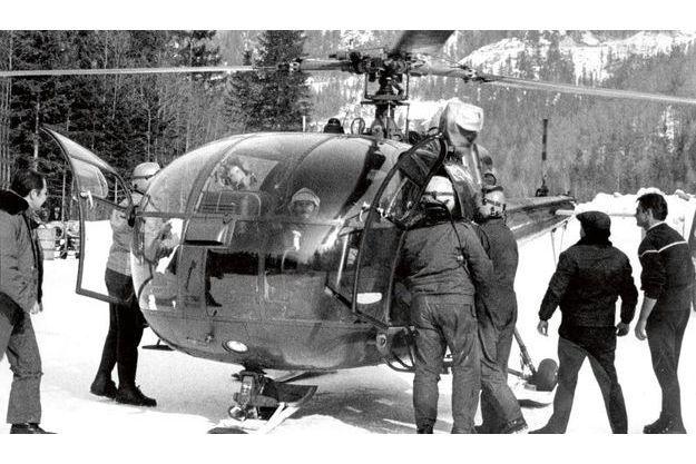 Le 29 février 1971, l'hélico dépose enfin le survivant, René Desmaison, sur la DZ de Chamonix. C'est le même appareil qui l'a sauvé en amenant, un par un, les sauveteurs sur la « dépression 4133 ».