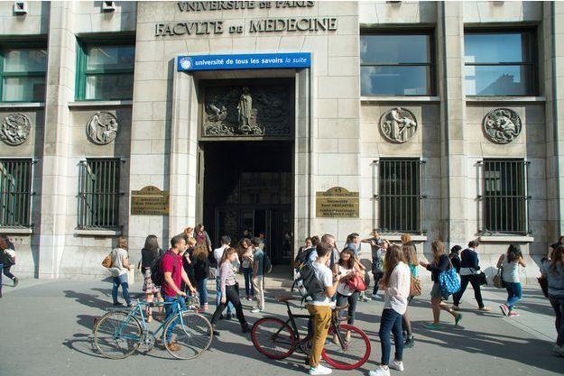 Université Paris Descartes.