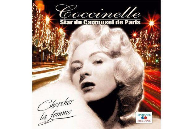 L'affiche du spectacle de Coccinelle donné au Carroussel de Paris.