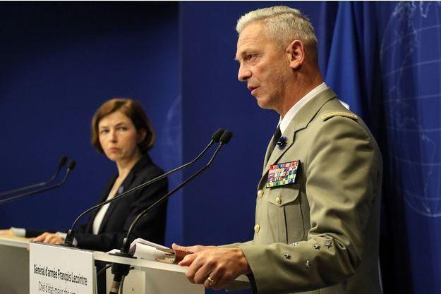 Le général François Lecointre et Florence Parly, la ministre des Armées, vendredi à Paris.