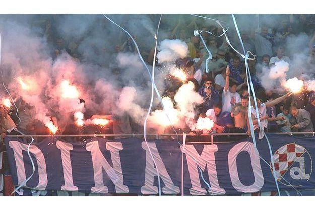 Le Kop des Ultras du Dinamo Zagreb.
