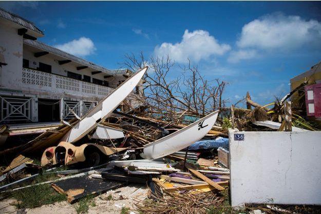 L'île de Saint-Martin est ravagée à 70%.