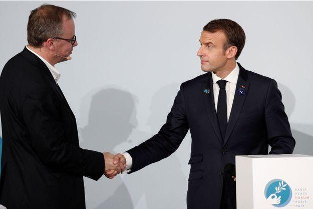 Christophe Deloire et Emmanuel Macron en novembre au forum de la Paix.