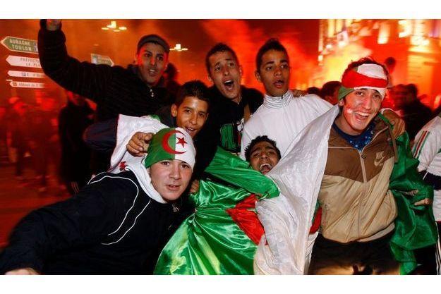foto de Algérie Égypte: 49 interpellations à Paris