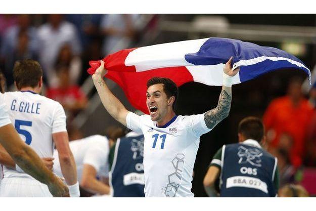 Les joueurs de l'équipe de France après leur victoire, dimanche.
