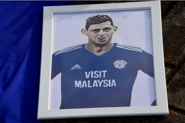 Le club de Cardiff a rendu hommage à Emiliano Sala.