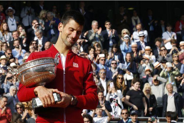 Novak Djokovic en 2016, lorsqu'il remporte Roland-Garros.