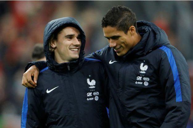 Antoine Griezmann et Raphaël Varane, ici au Stade de France en novembre 2017.