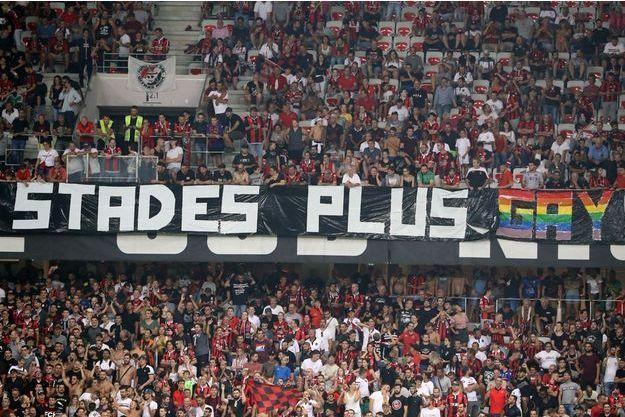 L'une des banderoles déployées lors de Nice-Marseille