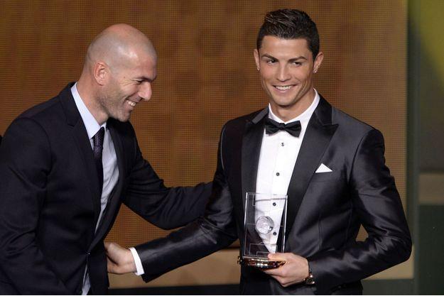 Zinédine Zidane et Cristiano Ronaldo le 13 janvier 2014 à la cérémonie des Ballons d'or