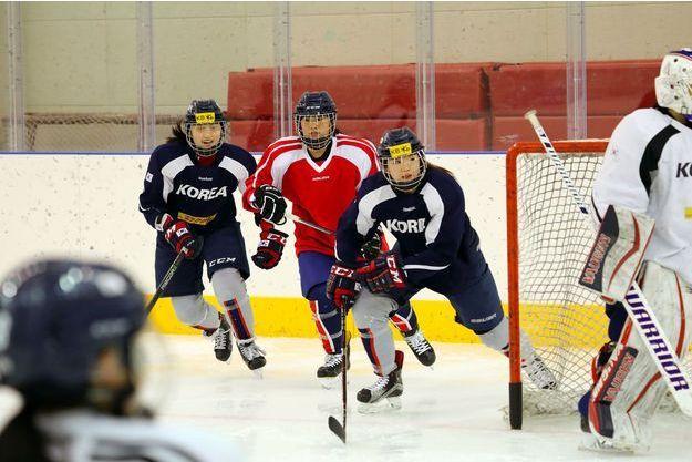 Les hockeyeuses coréennes à l'entraînement, le 28 janvier 2018.