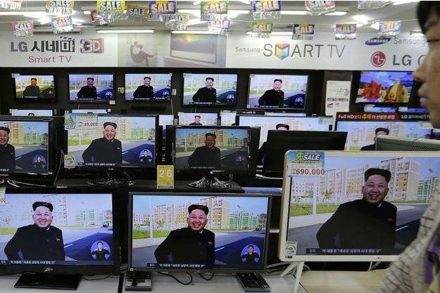 La réapparition de Kim Jong-Un, à la Une aussi en Corée du Sud.
