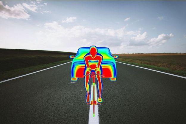 Plus la pression d'air est élevée entre la voiture et le cycliste, plus la course de ce dernier sera facilitée.