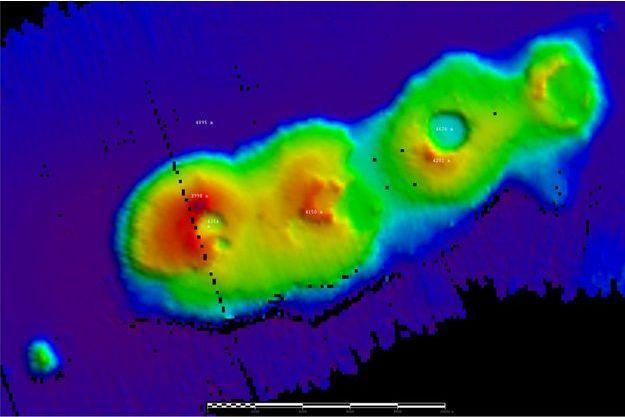 Un groupe de volcans sous-marins a été repéré au large de Sydney, à 4900 mètres de profondeur.