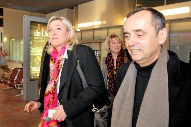 Robert Ménard et Marine Le Pen le 17 janvier à l'aéroport de Montpellier.