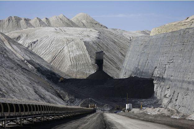 Illustration d'une mine de charbon.
