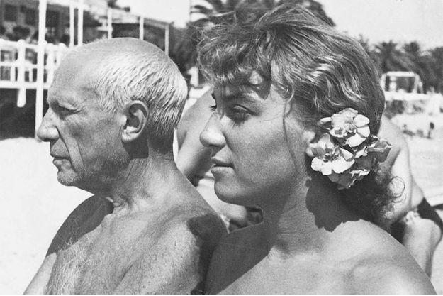Pablo Picasso et sa fille Maya, Août 1952.