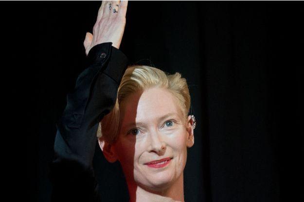 Tilda Swinton lors de l'hommage à David Bowie.
