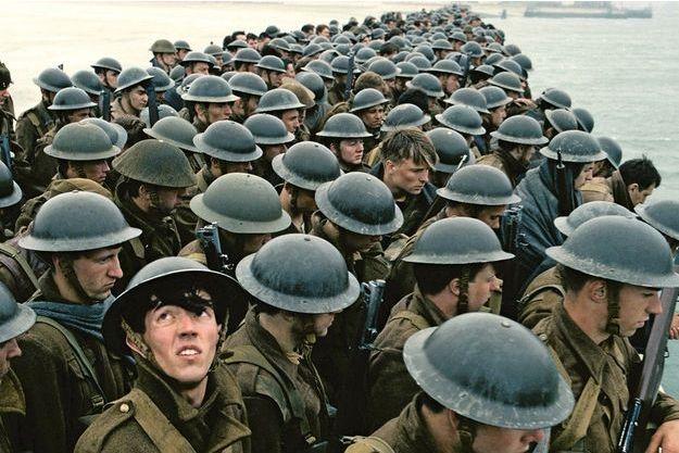 « Dunkerque » raconte l'évacuation de 400 000 soldats français et anglais encerclés par la Wehrmacht