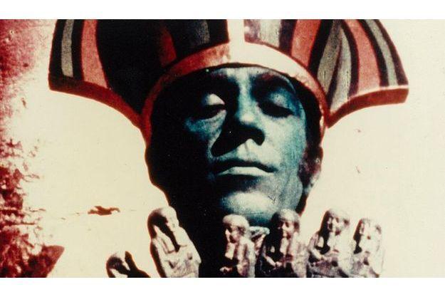"""Une image de """"Lucifer Rising"""" de Kenneth Anger"""