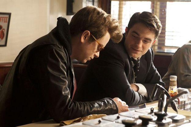 """Dane DeHaan et Robert Pattinson dans """"Life""""."""