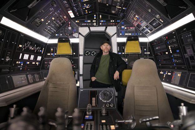 Ron Howard dans le cockpit du « Faucon Millenium », le vaisseau de Han Solo.