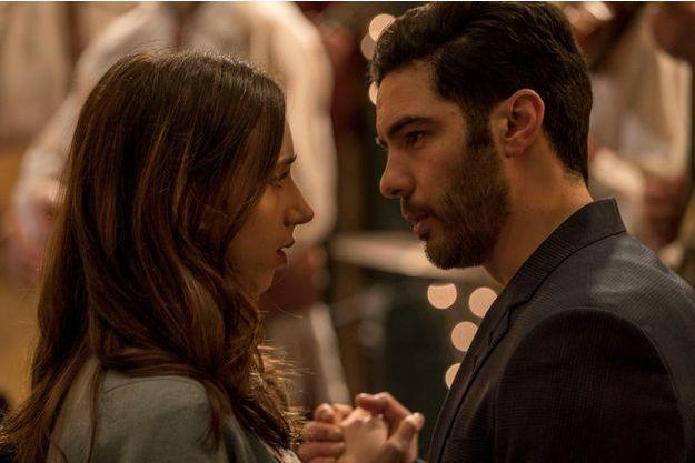 """Zoe Kazan et Tahar Rahim dans """"The Kindness of Strangers""""."""