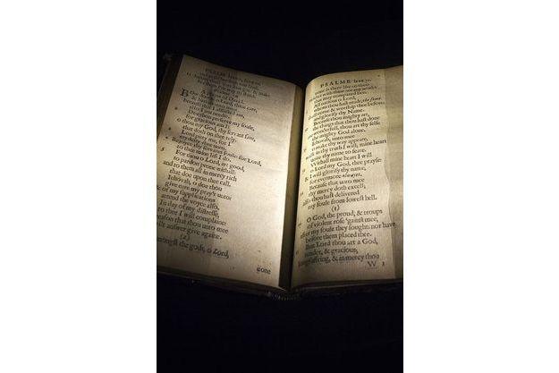 Une copie du «Bay Psalm Book» chez Sotheby's à NYC le 22/11 novembre